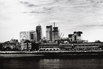 Canary Wharf  by Bastian  Kienitz