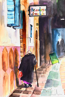 Old-and-lonely-in-morocco-03-m
