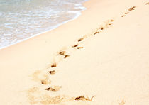 Tropical Beach With Footprints von Christina Rahm