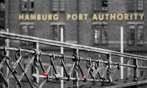 Hafenbehörde by Thomas Haas