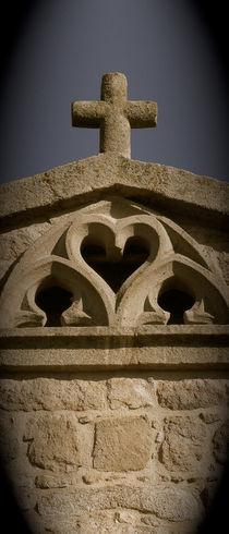 Kreuz aus Stein von Heike Nedo