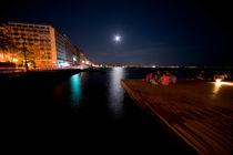 Thesalonika Night vista  von Rob Hawkins