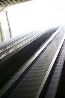 Rail-to-paradise