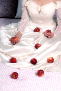 red apples by Joana Kruse