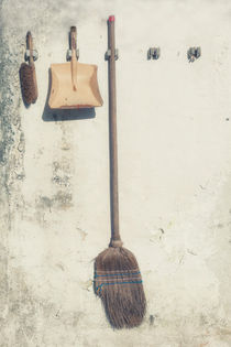 gardening by Joana Kruse