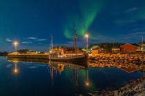 Laukvik Mirror - klein by Nick Wrobel