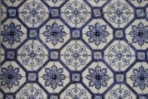 Blaue Azulejos - Fliesenkunst Lissabon by Heike Nedo