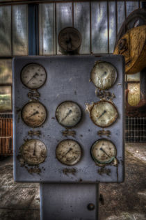 Power Gauge by Nathan Wright