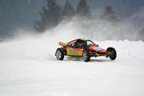 Buggy beim Eisrennen - Ice Race by Mark Gassner