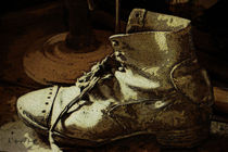 Der alte Stiefel - The old boots - by Wolfgang Pfensig