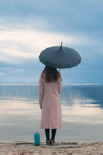 lonely by Joana Kruse