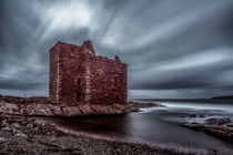 Portencross castle by Sam Smith