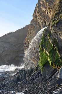 Close-up of the Waterfall at Sandymouth, North Cornwall, UK by Paul Martin