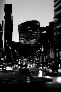Walkie Talkie Night by Bastian  Kienitz