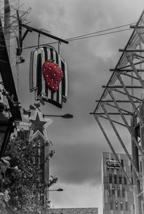 Strawberry by David Pringle