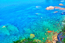 Bezaubernde Wasserlandschaft an der italienischen Riviera bei Camogli von Gina Koch