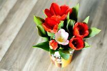 Spring vase von Maria Livia Chiorean