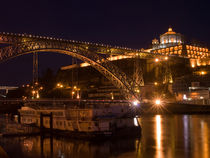 Porto Douro river night view. von a-costa