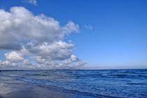 Wolken und Meer by Jörg Hoffmann