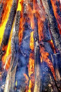 Lagerfeuer - Camp Fire by Jörg Hoffmann