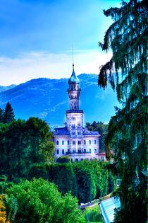 Kirche auf der Insel am Lago d `Oro in Italien, Europa,  von Gina Koch