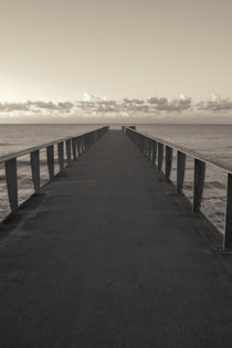 Pier to Horizon von cinema4design