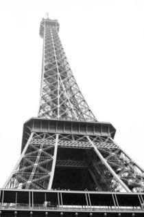 Eiffel Tower, paris by amonkeywithcamera