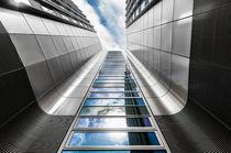 Abstrakte Architektur IV von elbvue