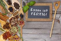 Essen ist fertig - Food is ready by Thomas Klee