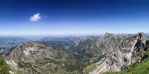 Nebelhorn und Alpenvorland by Hanns Clegg