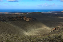 Timanfaya crater view