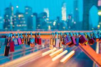 New York, Brooklyn Bridge before sunrise von goettlicherfotografieren