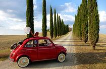 Oldtimer Fiat 500 in der Toskana by Helmut Plamper