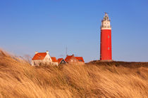 Lighthouse on Texel island in The Netherlands in morning light von Sara Winter