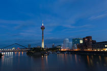skyline Düsseldorf  by Rene Kampfer