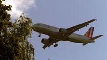 Kurz vor der Landung by Peter Norden