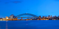 Harbour Bridge and Sydney skyline, Australia at dawn by Sara Winter