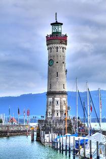 Prachtvoller historischer Leuchtturm von Lindau am Bodensee von Gina Koch