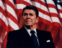 650-president-reagan-speaking-american-flag-painting
