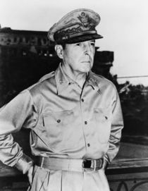General MacArthur by warishellstore