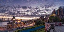Sonnenuntergang an den Landungsbrücken von Sascha Neuroth