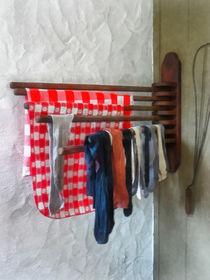 Fa-stockingshangingtodry