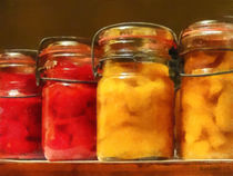 Canning Jars of Tomatoes and Peaches von Susan Savad