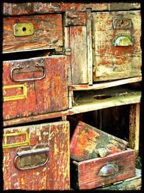 '~ Wooden Drawers ~' von Sandra Vollmann