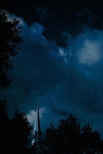 Die vergessene Melodie der dunkelblauen Stunde von crazyneopop