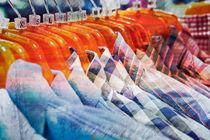 Casual shirts von Tom Gowanlock