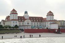 Das Kurhaus von Binz auf Rügen by Anja  Bagunk