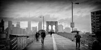 Brooklyn Bridge New York / Manhattan Rainy Day von Thomas Schaefer