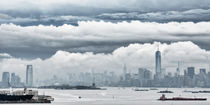 New York and New Jersey underneath dramatic Sky by Thomas Schaefer  (www.ts-fotografik.de)