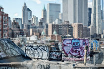 New York City / Manhattan Skyline and Graffiti by Thomas Schaefer  (www.ts-fotografik.de)